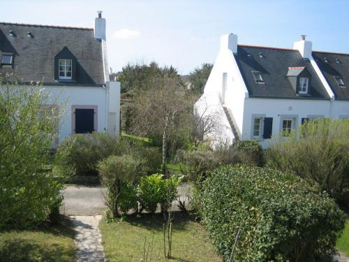 Der Garten von oben und die gegenüberliegenden Häuser